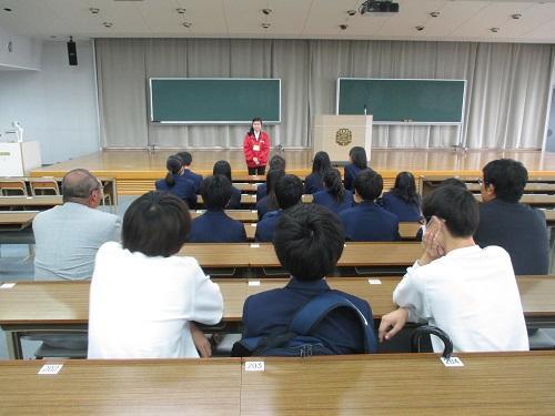 大教室01.JPG