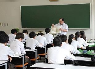 ようこそ!茨木西高等学校のみなさん